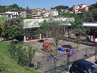 http://wildgreta.files.wordpress.com/2009/06/rignano-asilo-dallalto.jpg